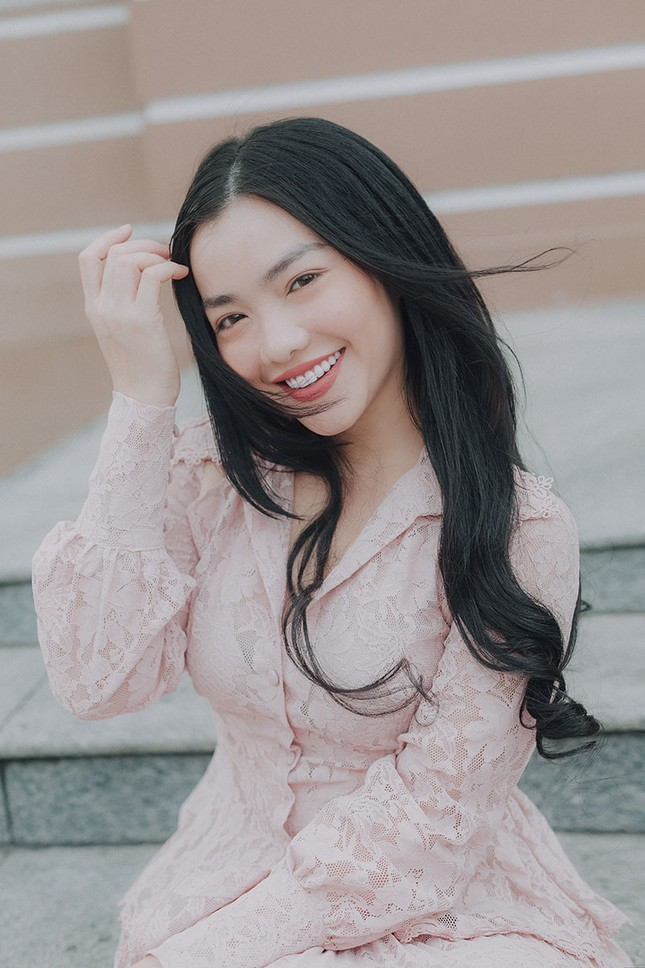 Hồng Kim Hạnh 'lột xác' sau vai diễn trong 'Tiệm ăn dì ghẻ' ảnh 9