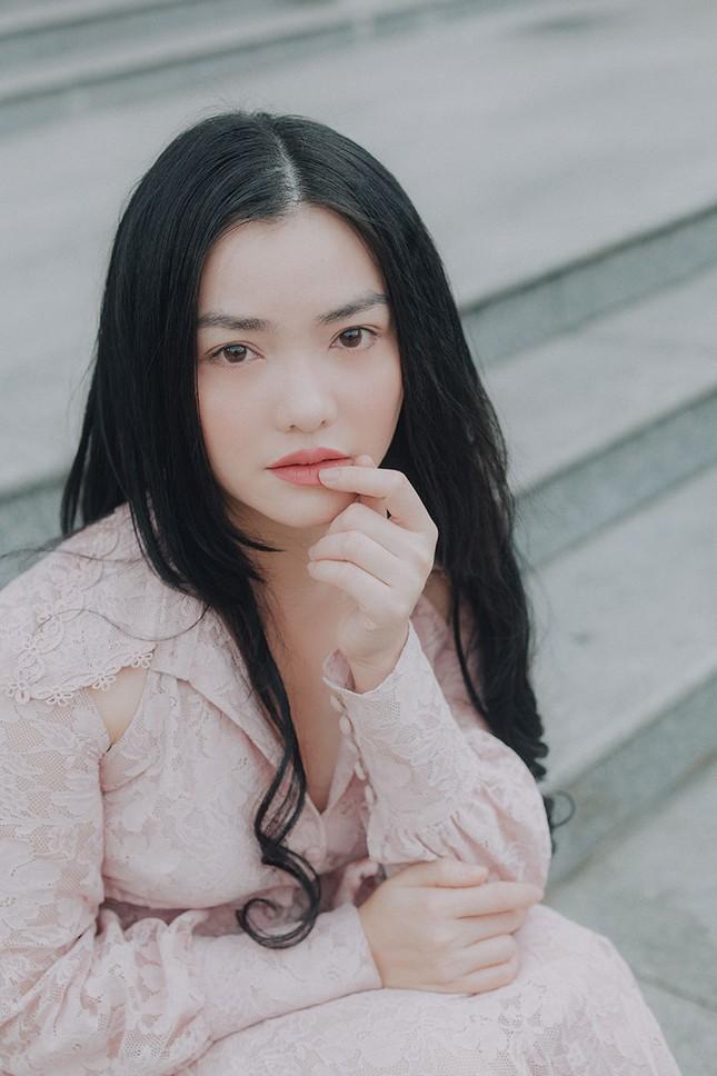 Hồng Kim Hạnh 'lột xác' sau vai diễn trong 'Tiệm ăn dì ghẻ' ảnh 12