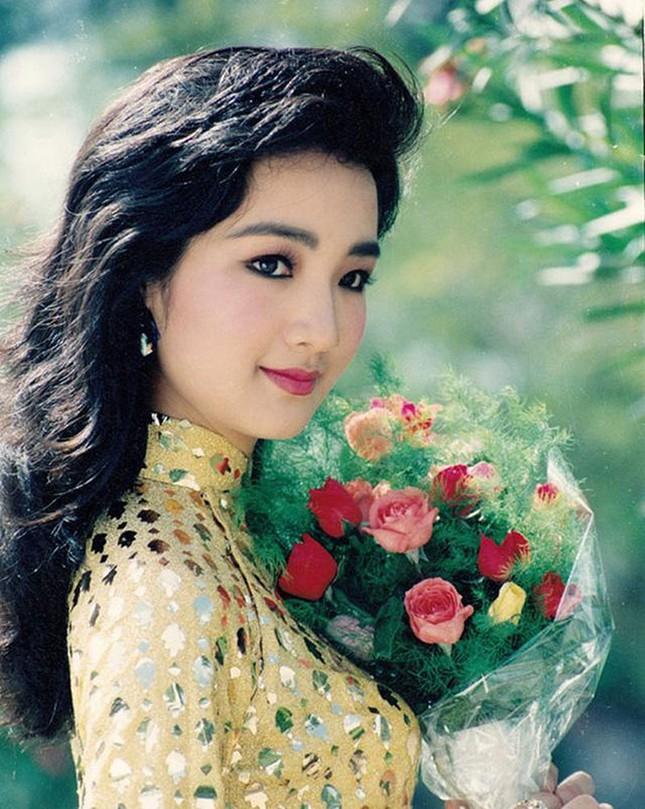 Cuộc sống cách ly trong biệt thự triệu đô của Hoa hậu Đền Hùng Giáng My ảnh 5