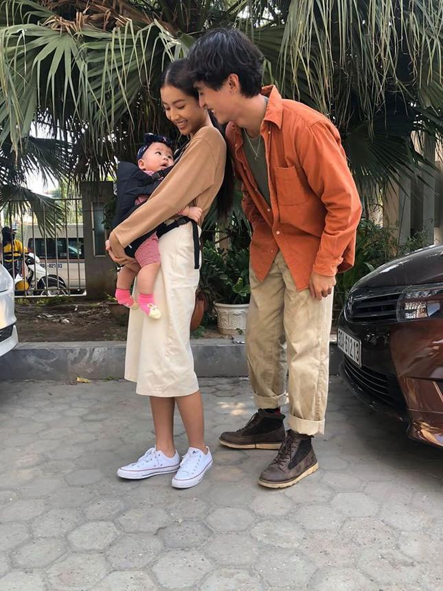 Diễn viên Bích Ngọc tiết lộ về quá trình làm mẹ của 5 em bé trong 'Nhà trọ Balanha' ảnh 2