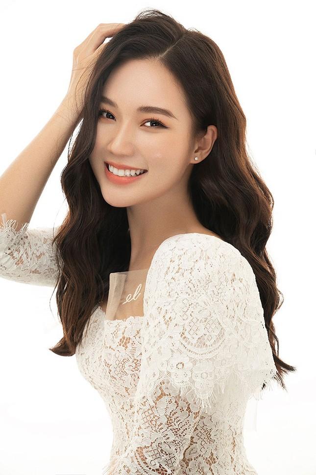 Diễn viên Ngọc Anh - người yêu Hoàng 'cứu hoả' bật mí chuyện sửa kịch bản trong 'Lửa ấm ảnh 2