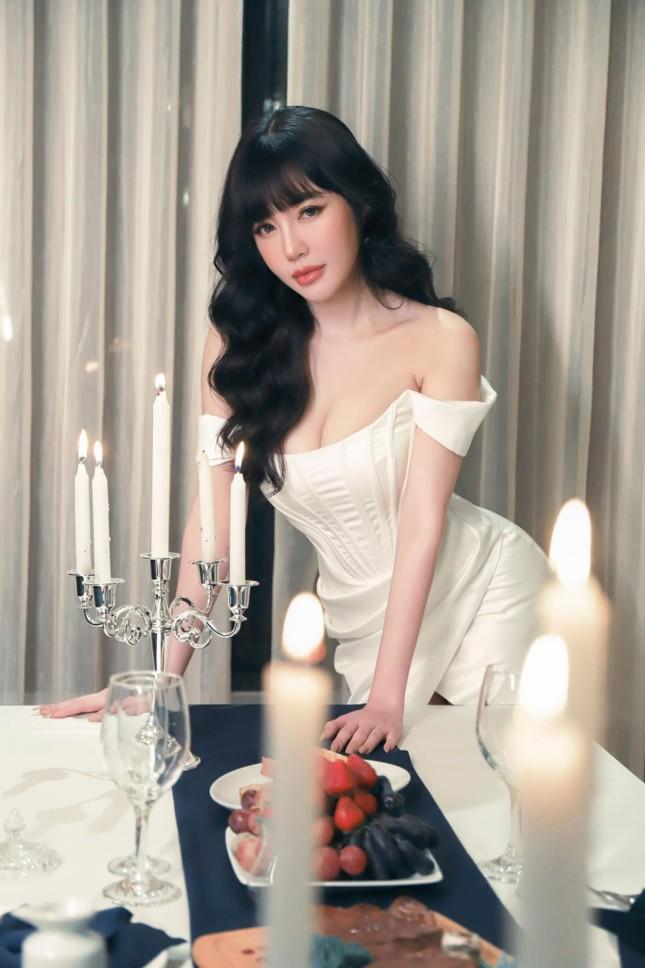 Elly Trần bất ngờ tiết lộ cuộc sống hiện tại cô đơn, trầm cảm, giảm 10kg ảnh 4