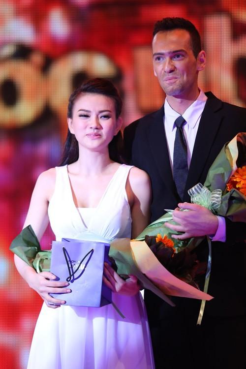 Thu Thủy, Diễm My làm giám khảo nghẹn ngào ảnh 8