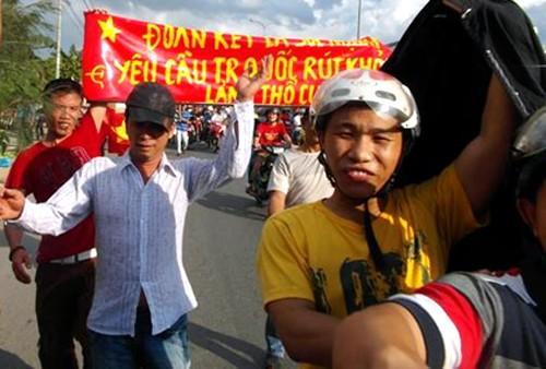 TP HCM kêu gọi công nhân tỉnh táo, tránh bị kích động ảnh 2