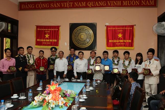 Gương mặt trẻ Việt Nam tiêu biểu báo công Vua Hùng ảnh 4