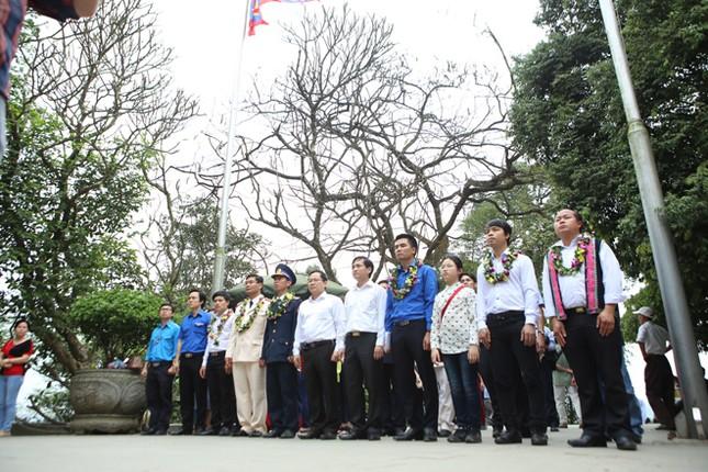 Gương mặt trẻ Việt Nam tiêu biểu báo công Vua Hùng ảnh 7