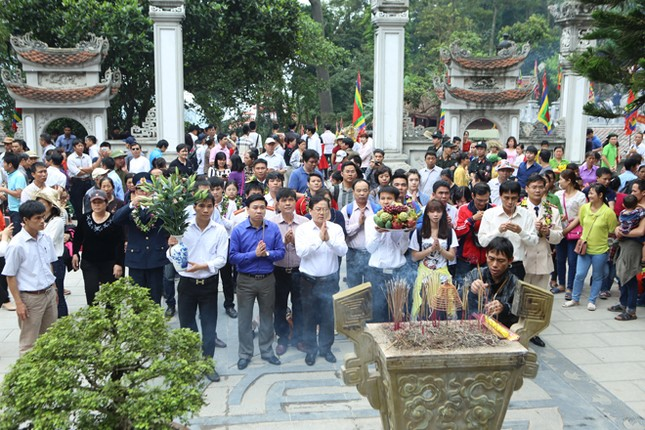 Gương mặt trẻ Việt Nam tiêu biểu báo công Vua Hùng ảnh 12