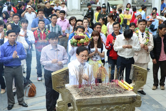 Gương mặt trẻ Việt Nam tiêu biểu báo công Vua Hùng ảnh 11