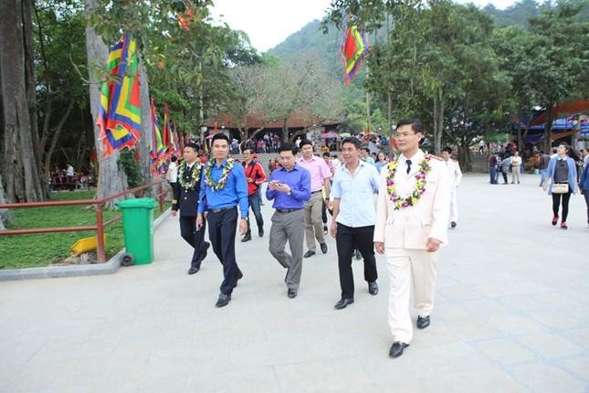 Gương mặt trẻ Việt Nam tiêu biểu báo công Vua Hùng ảnh 13