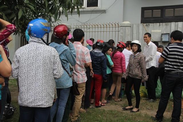 Người dân xứ Nghệ mua dưa ủng hộ nông dân Quảng Ngãi ảnh 2