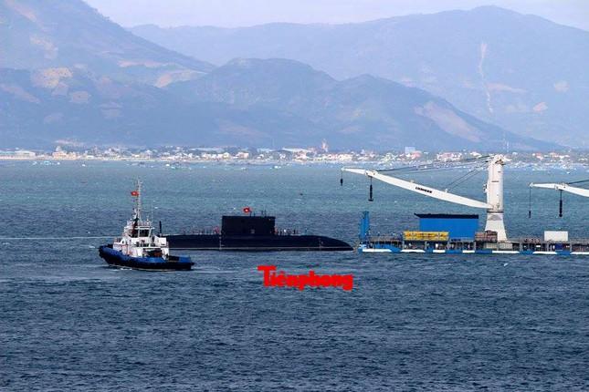 Tàu ngầm 186 – Đà Nẵng đã vào cảng Lữ đoàn tàu ngầm 189 ảnh 1