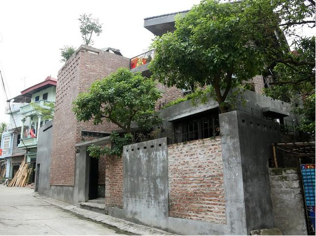 Nhà không sơn trát khiến hàng xóm tò mò ở Vĩnh Phúc ảnh 1
