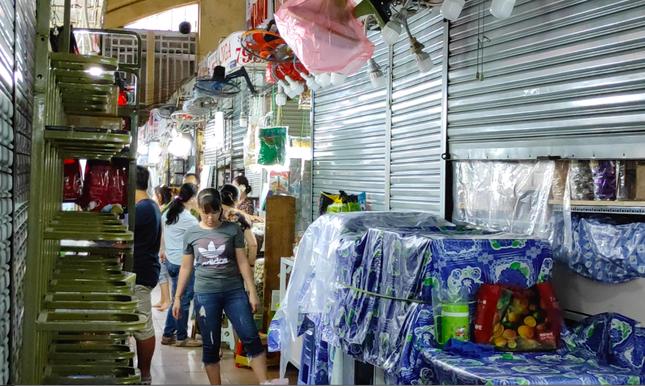 Nhiều điểm du lịch ở Sài Gòn vắng khách sau dịch COVID-19 ảnh 4