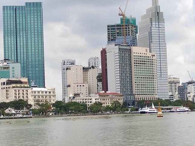 Nhiều điểm du lịch ở Sài Gòn vắng khách sau dịch COVID-19 ảnh 5
