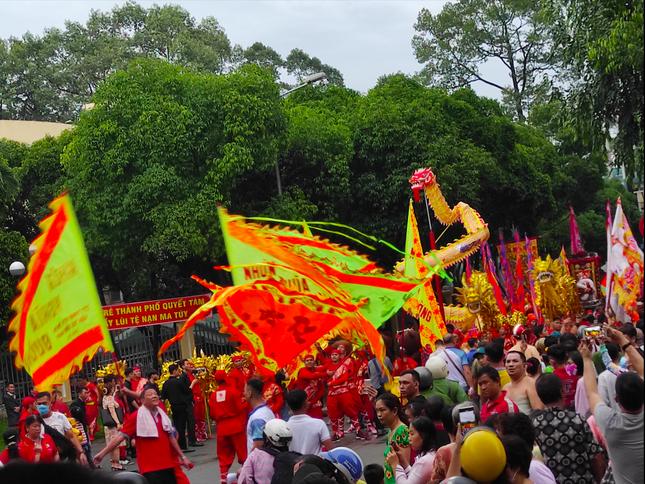 Tết Nguyên tiêu người Hoa ở quận 5 nhận Bằng Di sản văn hóa phi vật thể quốc gia ảnh 4