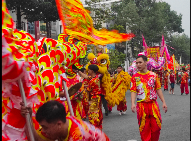 Tết Nguyên tiêu người Hoa ở quận 5 nhận Bằng Di sản văn hóa phi vật thể quốc gia ảnh 7