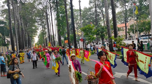 Tết Nguyên tiêu người Hoa ở quận 5 nhận Bằng Di sản văn hóa phi vật thể quốc gia ảnh 9
