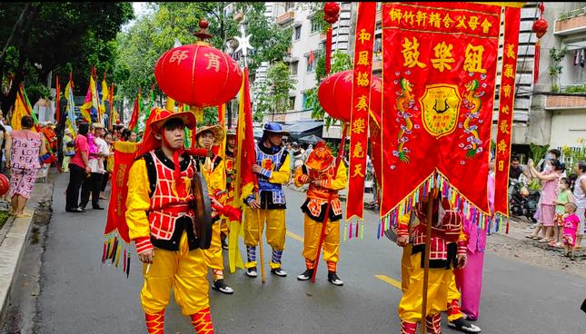 Tết Nguyên tiêu người Hoa ở quận 5 nhận Bằng Di sản văn hóa phi vật thể quốc gia ảnh 16