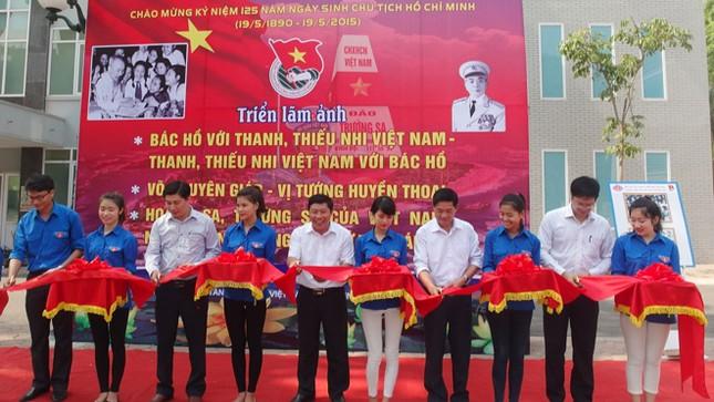 Triển lãm ảnh kỷ niệm 125 năm ngày sinh Chủ tịch Hồ Chí Minh ảnh 2