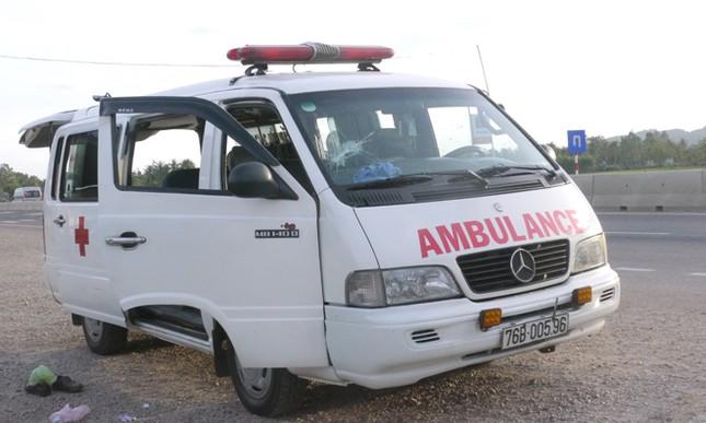 Tin mới vụ đập xe, đánh tài xế ngăn không cho chở người chết ra viện ảnh 1