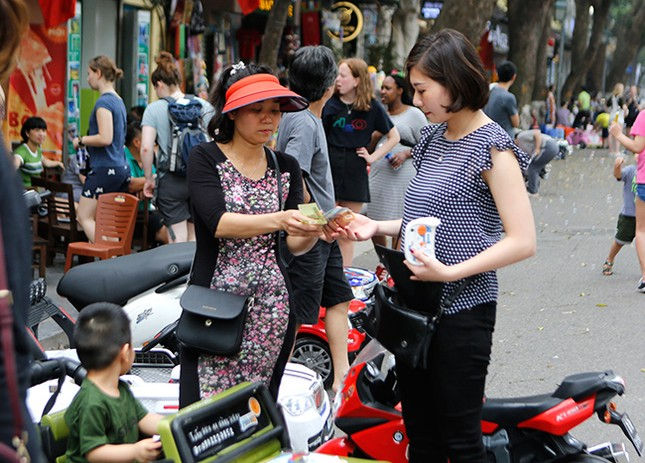 Kiếm tiền triệu mỗi ngày nhờ cho thuê ô tô điện Trung Quốc ảnh 12