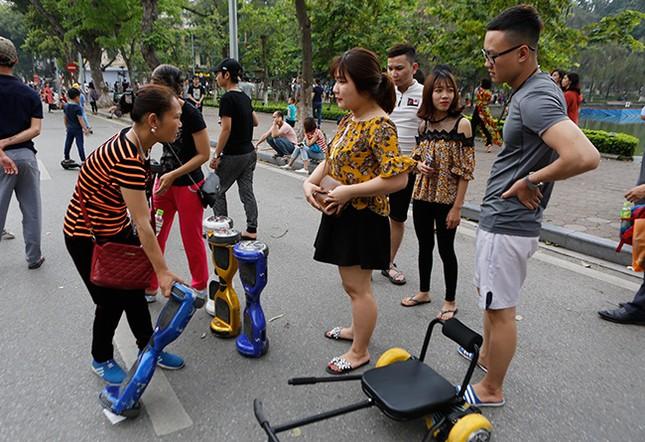 Kiếm tiền triệu mỗi ngày nhờ cho thuê ô tô điện Trung Quốc ảnh 13