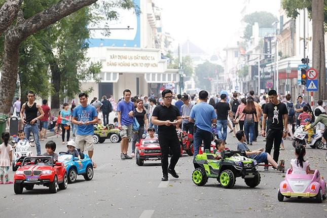 Kiếm tiền triệu mỗi ngày nhờ cho thuê ô tô điện Trung Quốc ảnh 4