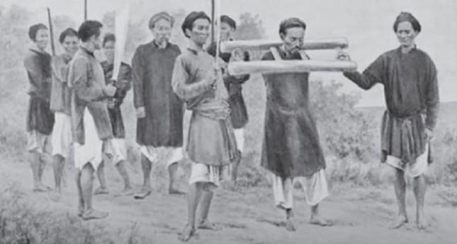 Ai bị vua Minh Mạng chặt tay vì tham nhũng?