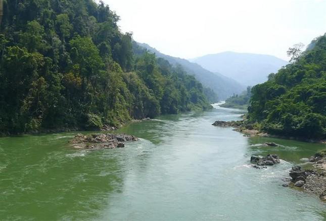 Sông Đà chảy qua địa phận tỉnh nào là dài nhất?
