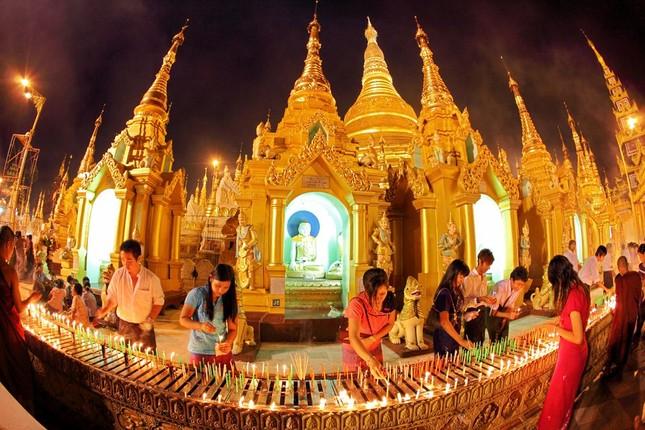 Myanmar có nhiều tôn giáo khác nhau, trong đó tông giáo nào lớn nhất?