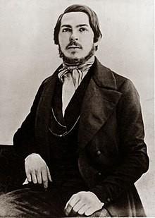 Lúc Friedrich Engels vừa chào đời mẹ của Engels muốn lấy tên của ai để đặt tên cho con trai?