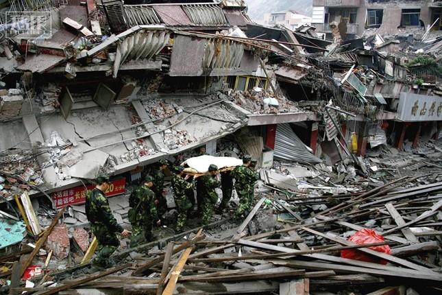 Trận động đất này khiến bao người tử vong?