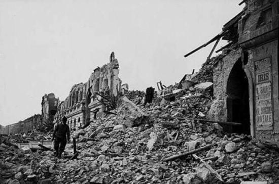 Trận động đất 'phá kỷ lục' về mức độ tàn phá ở Iran đã cướp đi sinh mạng của 200.000 người diễn ra vào năm nào?
