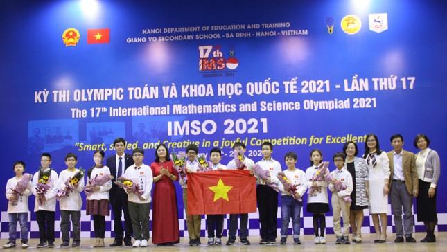 Việt Nam giành 2 Huy chương Vàng Olympic Toán học và Khoa học quốc tế ảnh 1