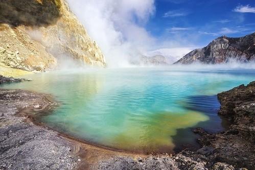 Kawah Ijen - hồ axit lớn nhất thế giới nằm ở quốc gia nào?