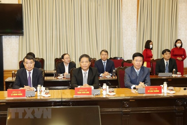 Hình ảnh lễ công bố quyết định phân công Ủy viên Bộ Chính trị ảnh 2