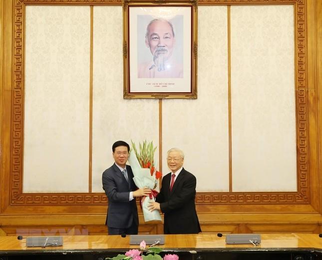 Hình ảnh lễ công bố quyết định phân công Ủy viên Bộ Chính trị ảnh 4