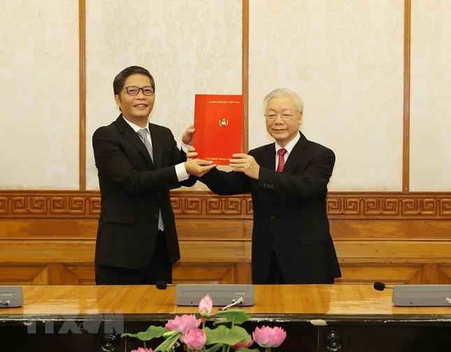 Hình ảnh lễ công bố quyết định phân công Ủy viên Bộ Chính trị ảnh 6