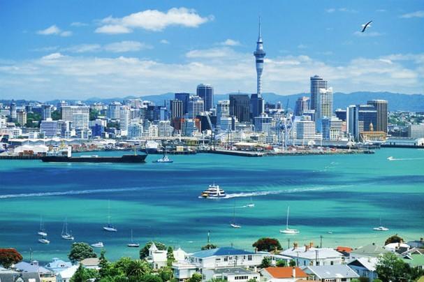 Thành phố nào đông dân nhất nhưng không phải thủ đô của New Zealand?