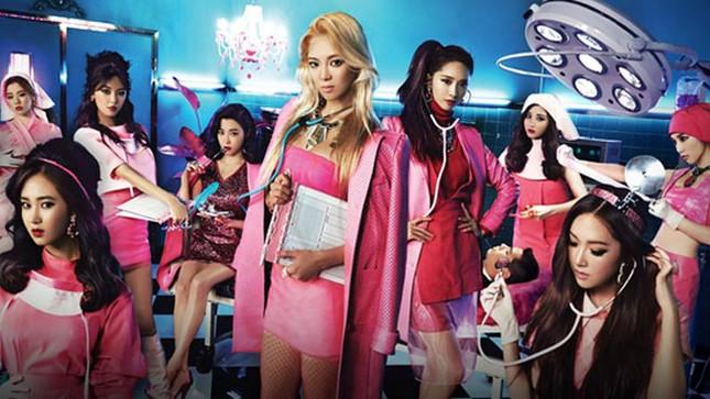 Jennie (Blackpink) hoá y tá gợi cảm trong MV mới giữa dịch COVID-19, bị chỉ trích mạnh mẽ ảnh 5