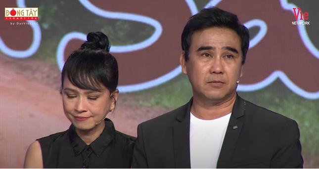 Quyền Linh rưng rưng nước mắt, hội ngộ dàn diễn viên 'Những nẻo đường phù sa' ảnh 2