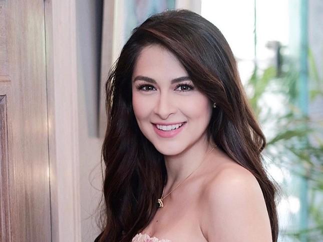 Mê mẩn bức hình 'mỹ nhân đẹp nhất Philippines' cùng con gái thu hút triệu like ảnh 2
