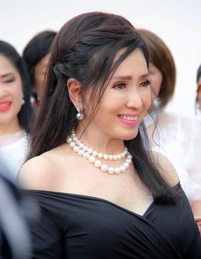 Hoa hậu Hoàn vũ Thái Lan U80 vẫn sở hữu body cân đối, nhan sắc trẻ trung ảnh 6