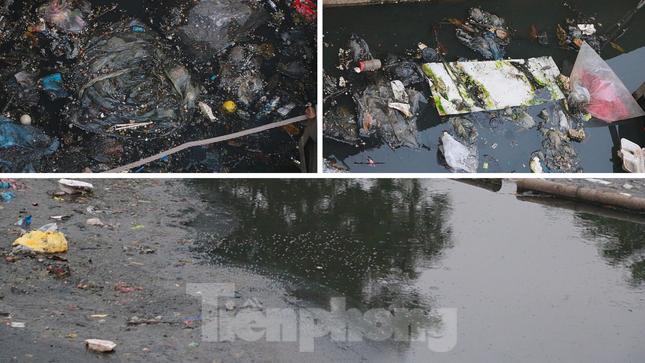 Cận cảnh những dòng sông 'đen' chảy giữa nội thành Hà Nội ảnh 5