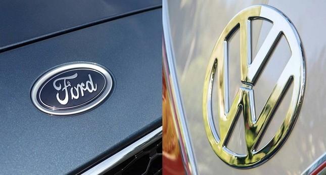 Ford và Volkswagen đã ký Biên bản Ghi nhớ hợp tác sản xuất các xe thương mại đặt nền móng cho liên minh ôtô vào tháng 6.