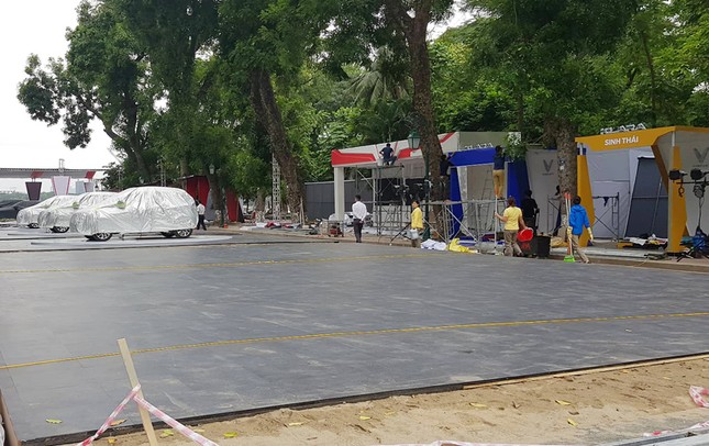 Vinfast gấp rút chuẩn bị cho lễ ra mắt 4 mẫu xe mới tại Hà Nội ảnh 5