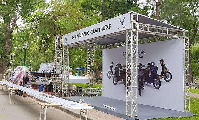Vinfast gấp rút chuẩn bị cho lễ ra mắt 4 mẫu xe mới tại Hà Nội ảnh 8