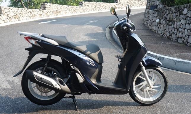 Đại lý 'thổi' giá xe máy, Honda Việt Nam không liên quan? ảnh 2