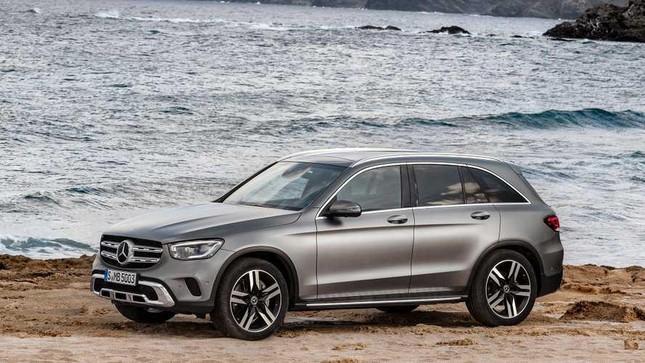 Mercedes-Benz GLC 2020 lộ diện với động cơ mới và nhiều công nghệ hơn ảnh 1