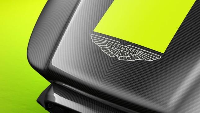 Aston Martin giới thiệu ghế đua xe ảo giá 1,73 tỷ đồng ảnh 8